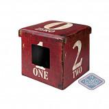 Afbeelding van D&d Cat ottoman One Dark Red 38x38x38cm