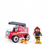 Afbeelding van Hape houten brandweerauto rood 20 cm