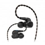Afbeelding van AKG N5005 in ear koptelefoon zwart