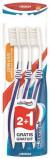 Afbeelding van Aquafresh Tandenborstel Clean & Flex Medium Trio 1ST