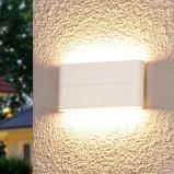 Afbeelding van Aantrekkelijke LED wandlamp Piala voor buiten, Lampenwelt.com, druk gegoten aluminium, polycarbonaat, 6 W, energie efficiëntie: A+, B: 17.5 cm, H: 9 cm