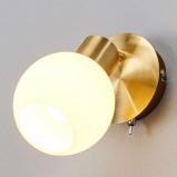 Afbeelding van 1 lichts LED wandlamp Elaina, messing, Lampenwelt.com, voor woon / eetkamer, metaal, glas, E14, 4 W, energie efficiëntie: A+, H: 14 cm