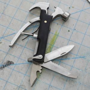 Afbeelding van 10 in 1 hamer van hout Zwart Kikkerland