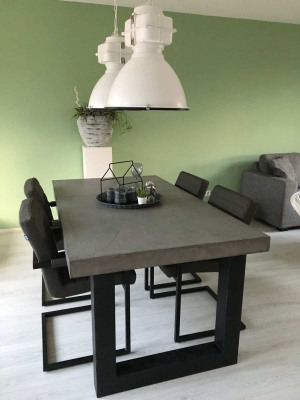 Afbeelding van Betonlook tafel Avoga