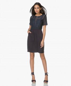Kép: MKT Studio Dress - Rilman Lace in Navy Blue