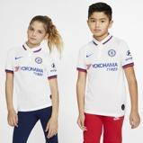 Imagine dinChelsea FC 2019/20 Stadium Away Older Kids' Football Shirt White