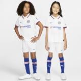 Imagine dinChelsea FC 2019/20 Away Younger Kids' Football Kit White
