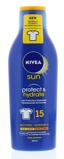 Afbeelding vanNivea Zonnebrand melk sun protect & hydrate spf15 200ml