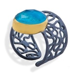 Imagine dinHandmade Black & Gold Plated Silver Ring With Chrysocolla Gemstone