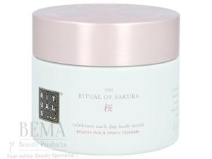 Afbeelding van 10% code SPRING10 Rituals Sakura Celebrate Each Day Body Scrub Organic Rice & Cherry Blossom 375 Gr Reiniging