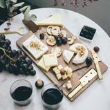 Afbeelding vanDOIY Cheeseporn Kaasplank met Messen Bruin/Goud