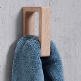 Billede afHåndklædeholder i egetræ Andersen Furniture