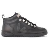 Image ofSneaker Veja Roraima in pelle nera