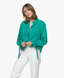 Imagem deRepeat Blouse Tencel in Emerald Green with Tie Cuffs